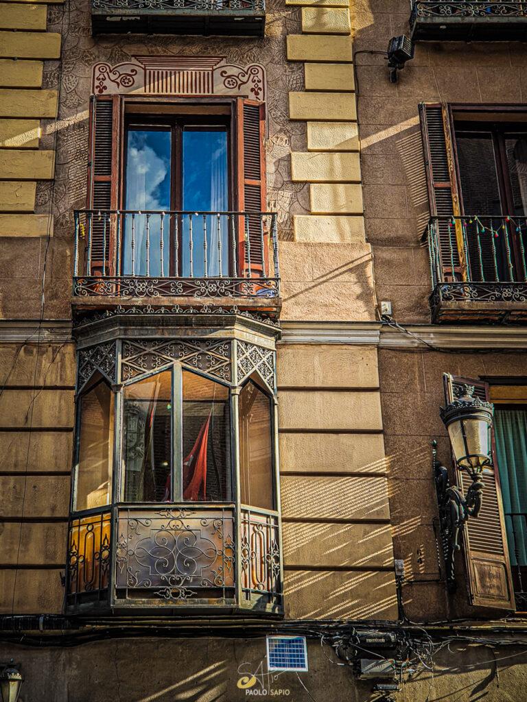 ventana antigua madrid